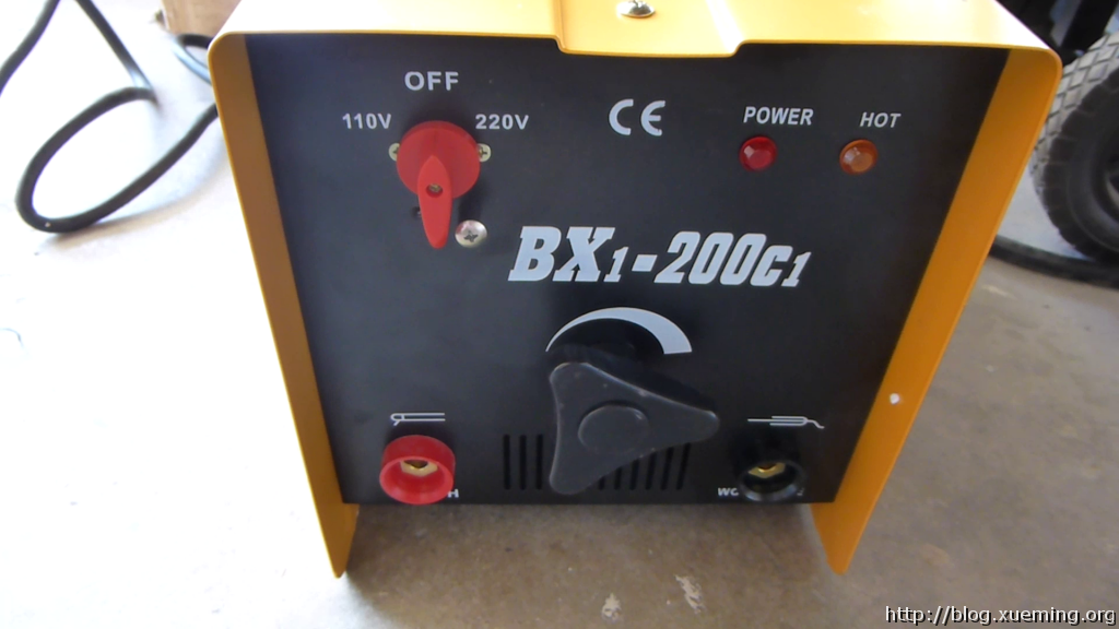 BX1-200C1电焊机的控制面板